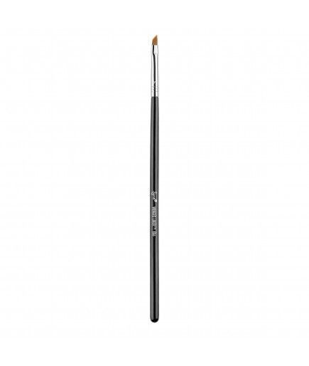 E06 - Winged Liner™ - Sigma Beauty