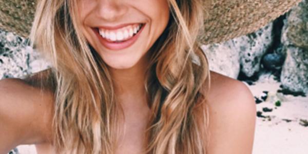 Toutes nos astuces pour avoir un sourire éclatant de blancheur